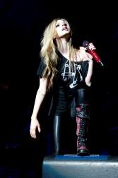Аврил Лавин, фото 13829. Avril Lavigne Q102 Jingle Ball 2011 in Philadelphia (7.12.2011), foto 13829