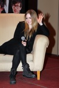 Аврил Лавин, фото 13959. Avril Lavigne Press Conference For The New Year Gala In Wuhan China - December 30, 2011, foto 13959
