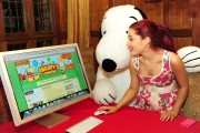 Ариана Гранде, фото 421. Ariana Grande Valentine Twitter party in Los Angeles - February 8, 2012, foto 421