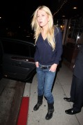 Тара Рейд, фото 2382. Tara Reid leaves Carlitos Gardel Restaurant in Hollywood, february 29, foto 2382