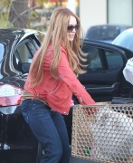 Линдси Лохан, фото 23099. Lindsay Lohan - out and about in Beverly Hills 03/08/12, foto 23099