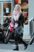 Аннасофия Робб, фото 554. Annasophia Robb Leaving her hotel in New York, March 10 2012*But still oh so, foto 554,