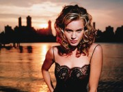 Rebecca Romijn : Very Hot Wallpapers x 8